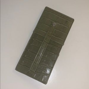 Green Card wallet